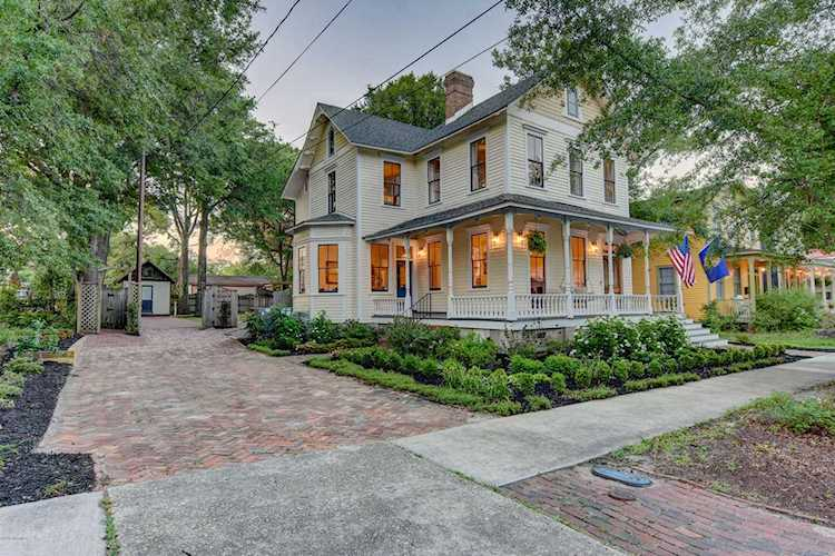 Home For Sale At 609 Grace Street, Wilmington NC in Historic ... Map Of Historic Downtown Wilmington Nc on map of historic southport nc, map of historic downtown new bern nc, map of historic downtown huntsville al,