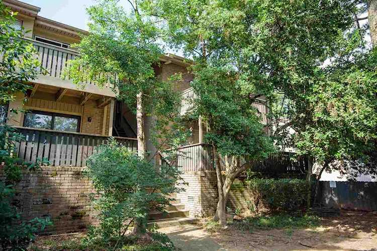 820 Creekside Dr Memphis Tn 38117 10057899 In Colonial