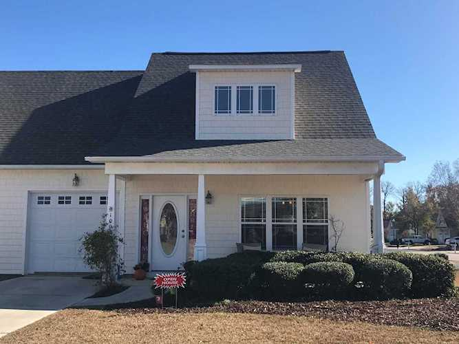 Home For Sale At 100 Kiskadee Court, Hampstead NC in ...