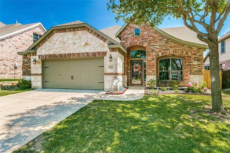 3204 Outlook Court Saratoga Fort Worth Home For Sale